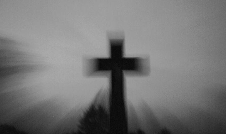 Friedhofkreuz (c) STADTBEKANNT