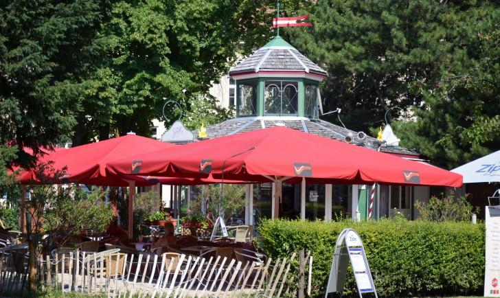 Altes AKH Gastgarten (c) Mautner stadtbekannt.at