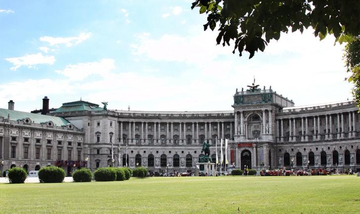 Heldenplatz (c) stadtbekannt.at