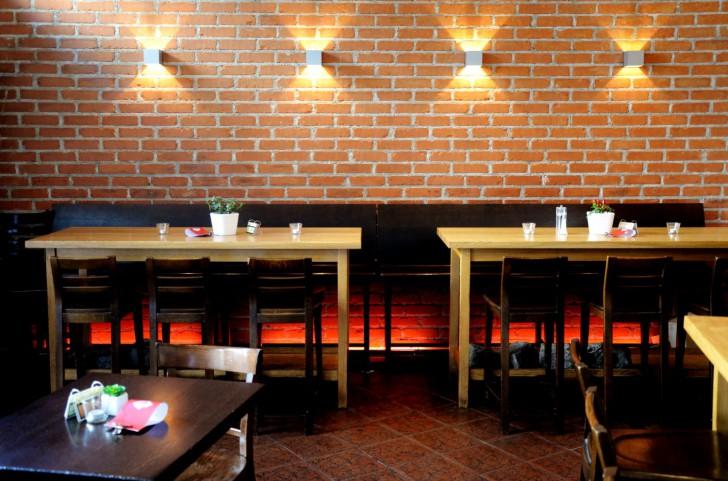 Salzberg Bar Restaurant Ziegelwand (c) Mautner stadtbekannt.at