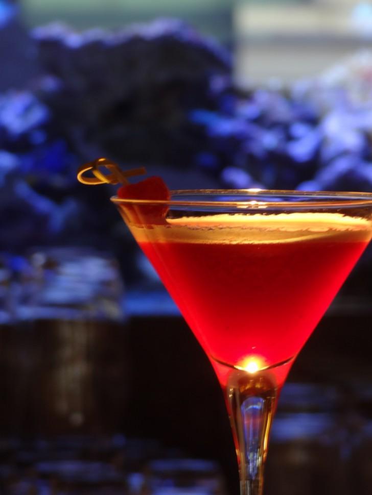 lutz - die bar Fancy Drink