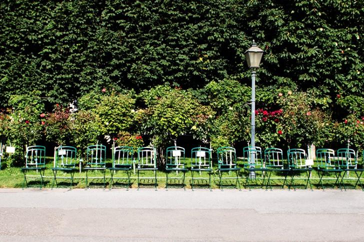 Volksgarten Sesselreihe (c) stadtbekannt-at