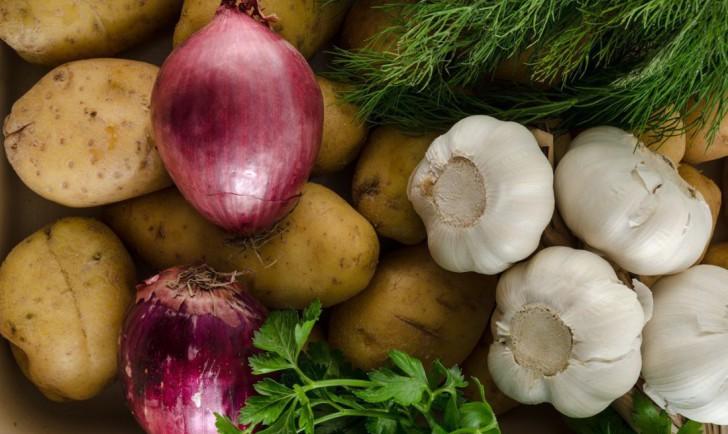 Kartoffel Zwiebel Knoblauch (c) STADTBEKANNT