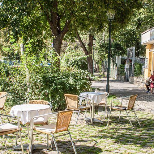 Cafe Nest Schanigarten (c) STADTBEKANNT