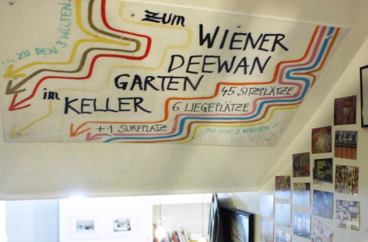 Deewan Schild Zwischenstock (c) CF stadtbekannt.at
