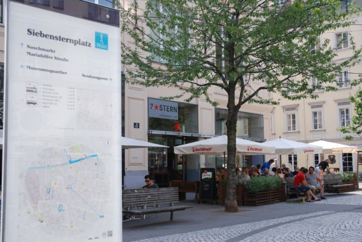 7Stern Siebensternplatz (c) STADTBEKANNT