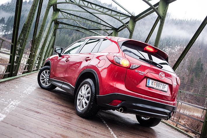 Mazda CX5 (c) Adamek stadtbekannt