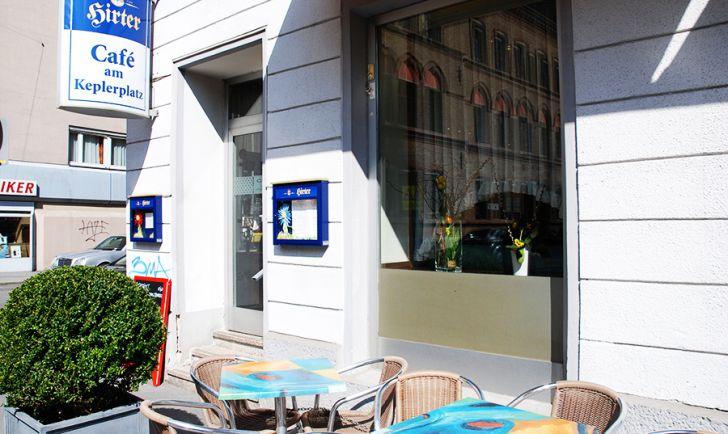 Cafe am Keplerplatz (c) STADTBEKANNT Voggenberger