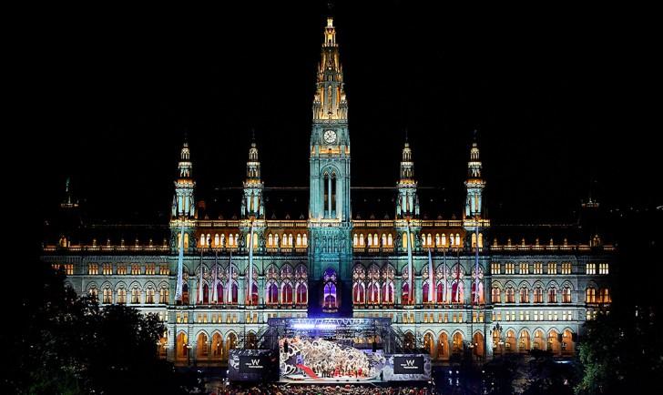 Foto: Eroeffnung der Wiener Festwochen 2013 (c) Mike Ranz