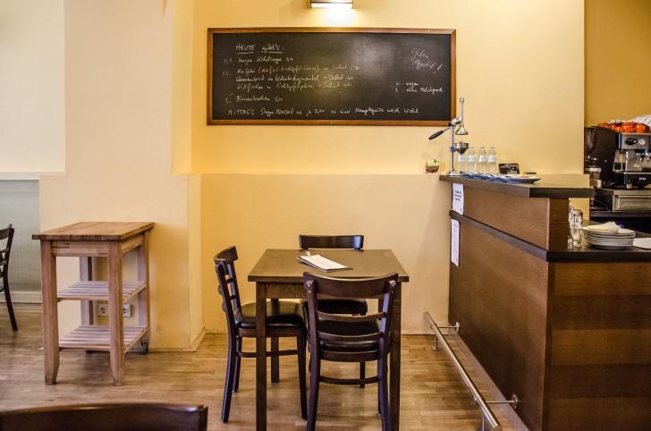Feldberg Restaurant Tafel (c) STADTBEKANNT
