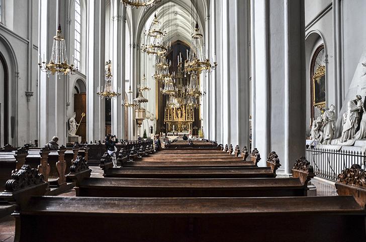Augustinerkirche Bank (c) STADTBEKANNT