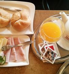 Frühstück (c) STADTBEKANNT