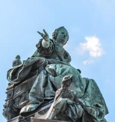 Maria Theresia Statue (c) STADTBEKANNT