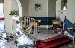 Cafe Stein Sitzecke (c) STADTBEKANNT