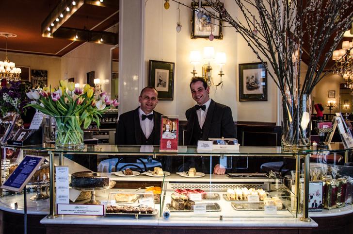 Café Weimar Theke (c) STADTBEKANNT
