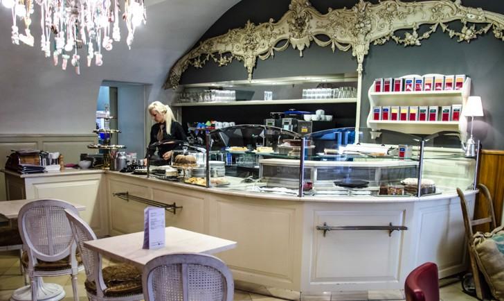 Cafe Diglas Fleischmarkt Theke (c) STADTBEKANNT