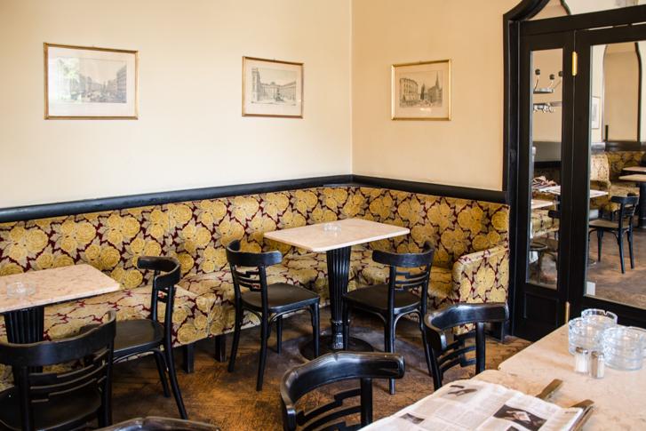 Ecke Cafe Tirolerhof (c) STADTBEKANNT