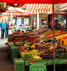 Viktor Adler Markt Obst (c) STADTBEKANNT Zohmann