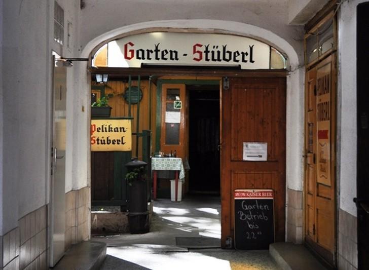 Gasthaus zum goldenen Pelikan
