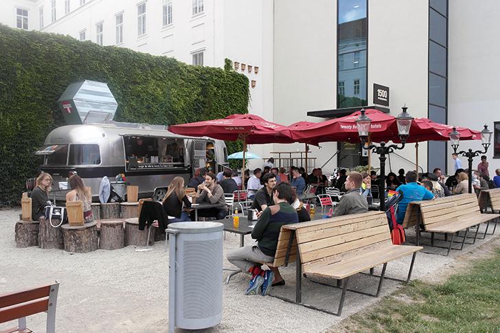 Burger de Ville Wien Airstream (c) STADTBEKANNT Zohmann