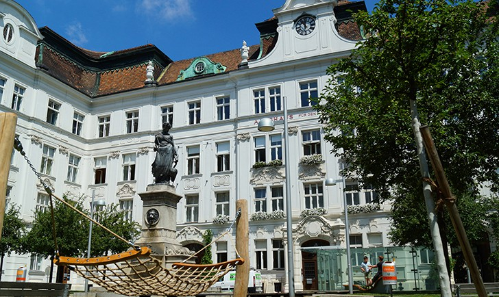 Schlesingerplatz (c) STADTBEKANNT Zohmann