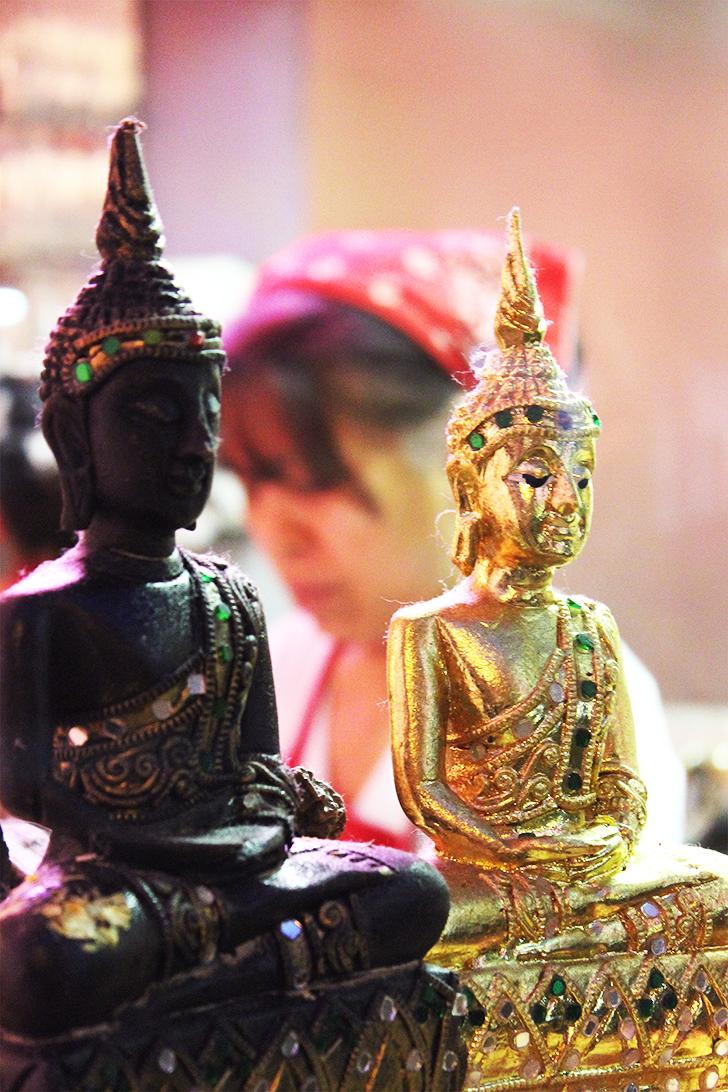 Thai Isaan Buddha (c) STADTBEKANNT