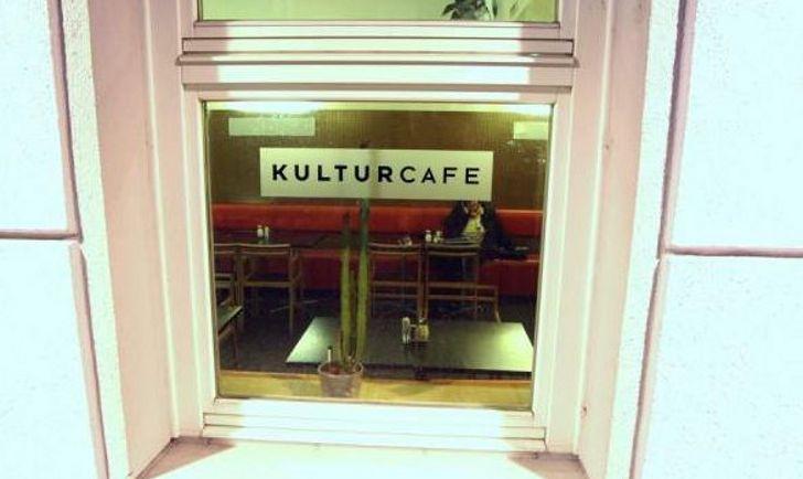 Fenster RadioCafe Foto: STADTBEKANNT
