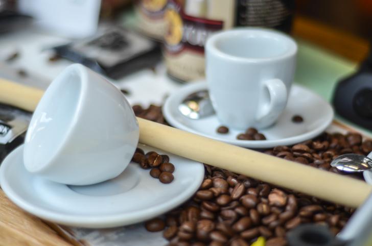 Beans Kaffeetasse und -bohnen (c) STADTBEKANNT