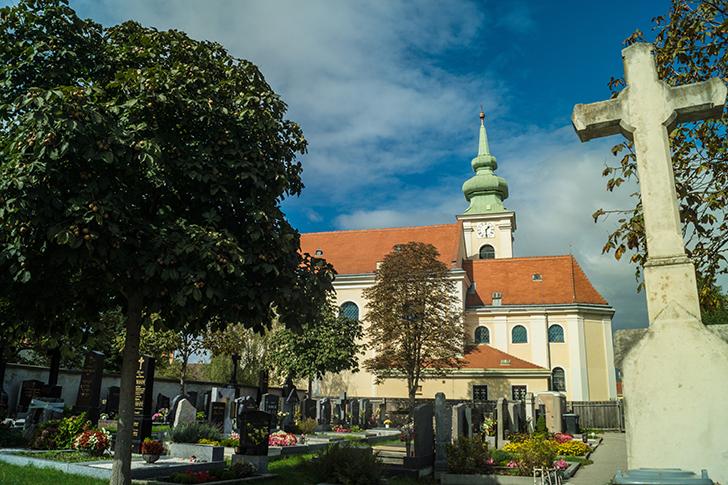 Leopoldau Friedhof (c) STADTBEKANNT