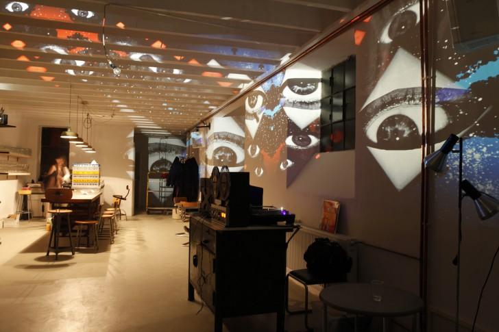 Lomo-Shop Vienna Fotoprojektion (c) LOMOGRAPHY EMBASSY SHOP VIENNA