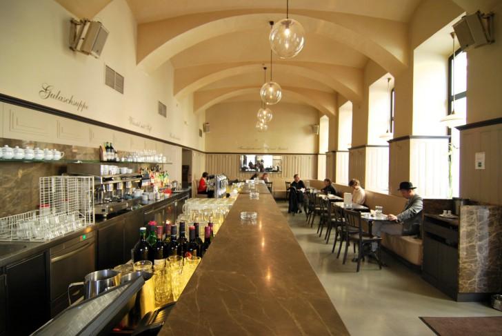 Cafe Drechsler Theke (c) stadtbekannt.at