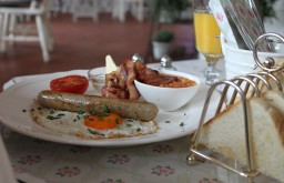 Cafe Little Britain Frühstück (c) STADTBEKANNT