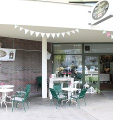 Cafe Little Britain Lokal Eingang (c) STADTBEKANNT
