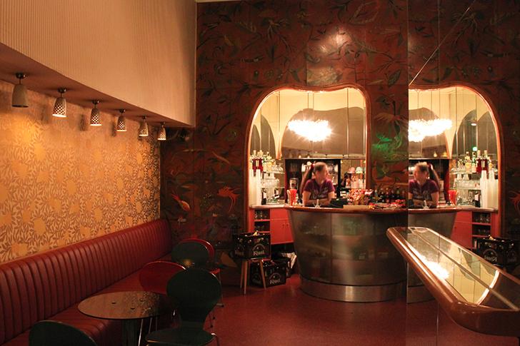 Filmcasino Bar (c) STADTBEKANNT Friedl