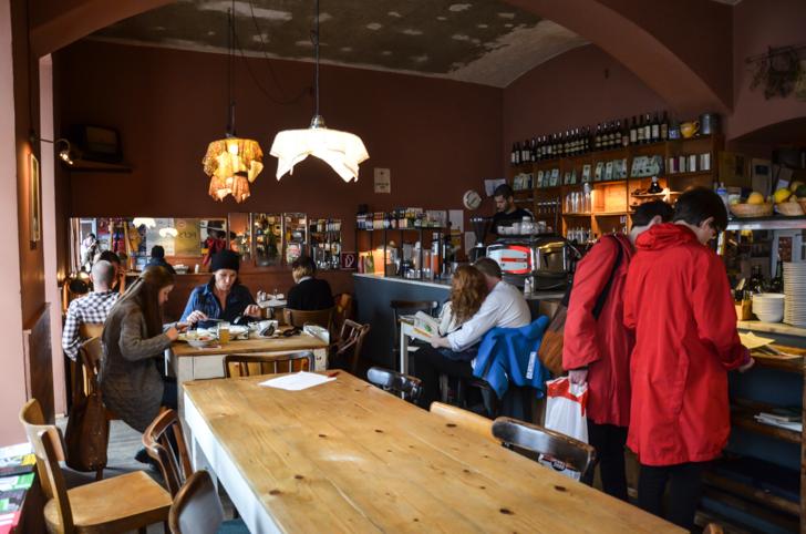 Tisch Cafe der Provinz (c) STADTBEKANNT