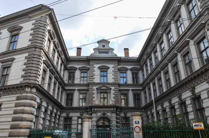 Josefstadt Palais Strozzi (c) STADTBEKANNT