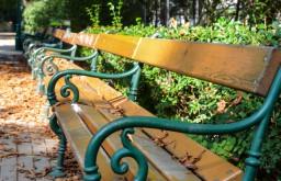 Josefstadt Parkbank Schönbornpark (c) STADTBEKANNT