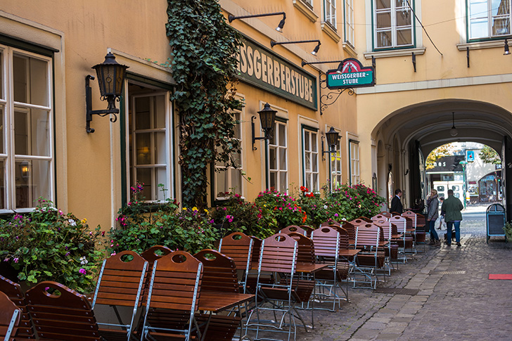 Weissgerberstube Schanigarten (c) STADTBEKANNT