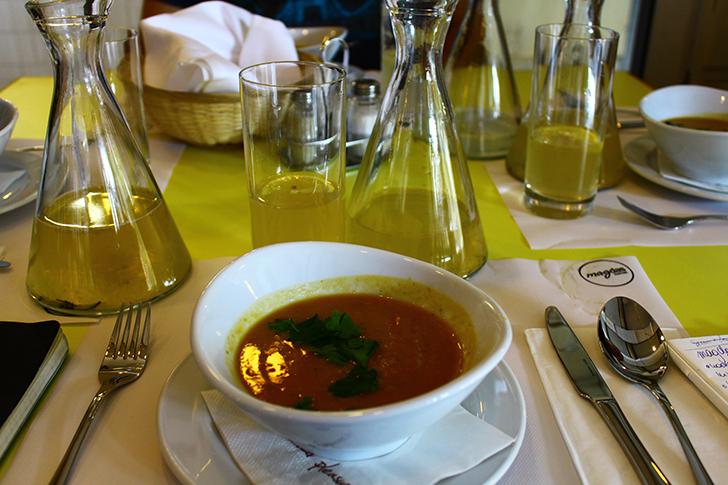 magdas Kantine Suppe (c) STADTBEKANNT Friedl