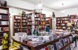 Buchhandlung Lerchenfeld Regale (c) STADTBEKANNT