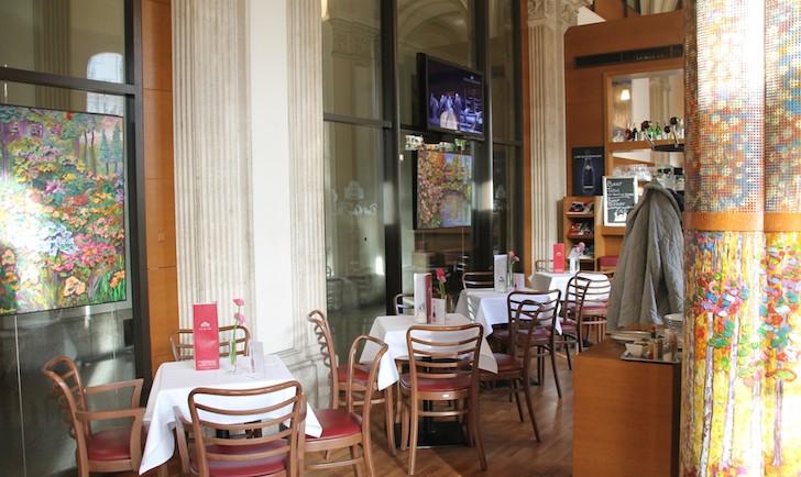 Cafe Oper Innenraum (c) MHofinger STADTBEKANNT
