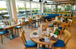 Hilton Vienna Danube Waterfront Restaurant (c) Hilton Vienna