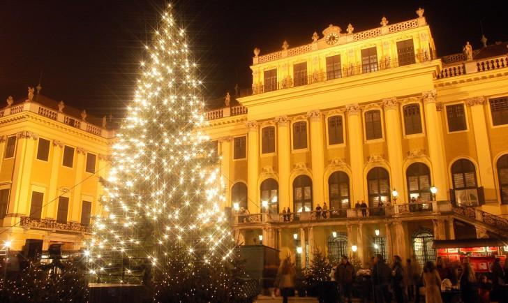 Schloß Schönbrunn Weihnachtsmarkt (c) MTS