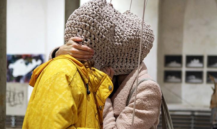 (c) Elisa Bergmann, Johanna Meßner, Agnesa Vavrinova, untitled, Rundgang 2014 Foto: Lisa Rastl