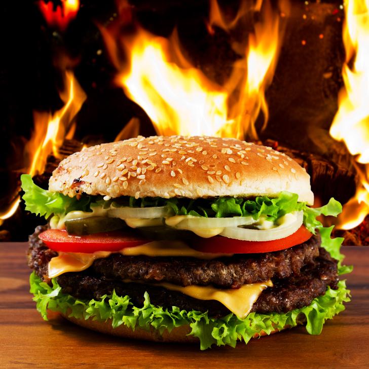 Burger (c) shutterstock