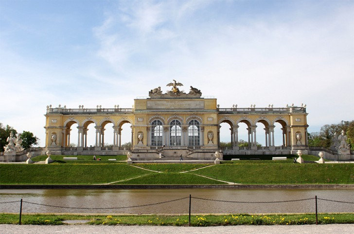 Gloriette Schlosspark Schönbrunn (c) STADTBEKANNT