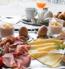 Café Jonas Frühstück (c) STADTBEKANNT