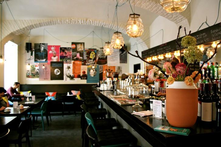 Café Josefine Bar (c) STADTBEKANNT