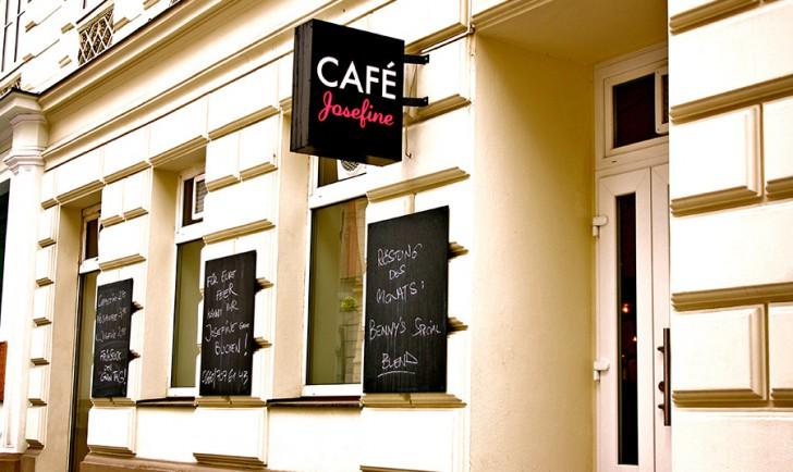 Café Josefine Eingang (c) STADTBEKANNT Nohl