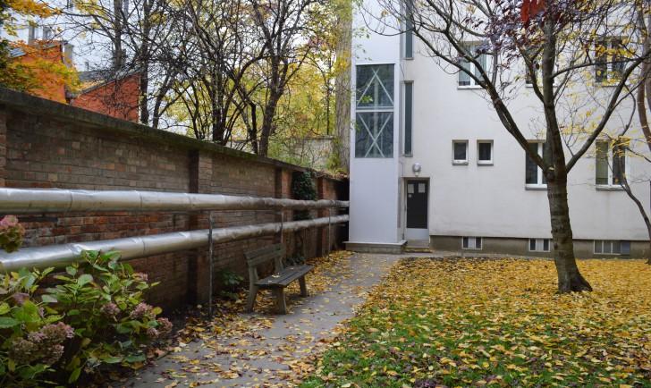 Ludo Hartmann Hof Innenhof (c) stadtbekannt.at